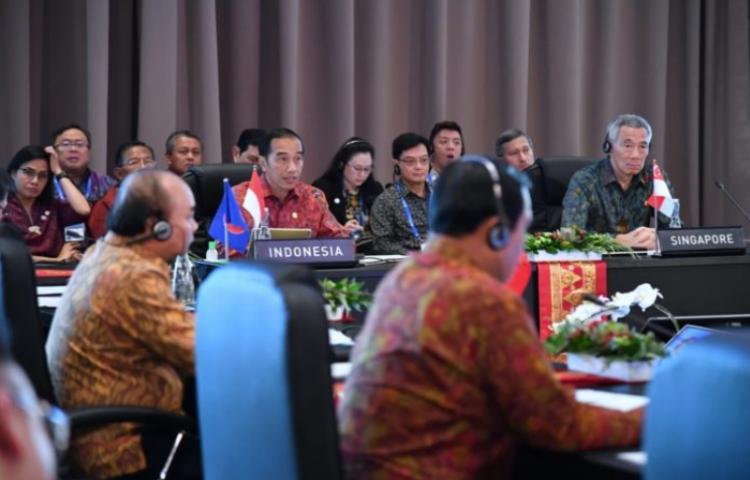 Lima-Usulan-dalam-ASEAN-Leaders'-Gathering-2018.html